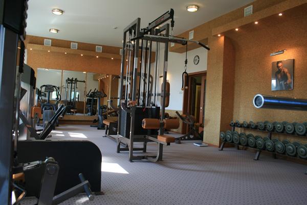 Тренажерный зал. Клуб АСК